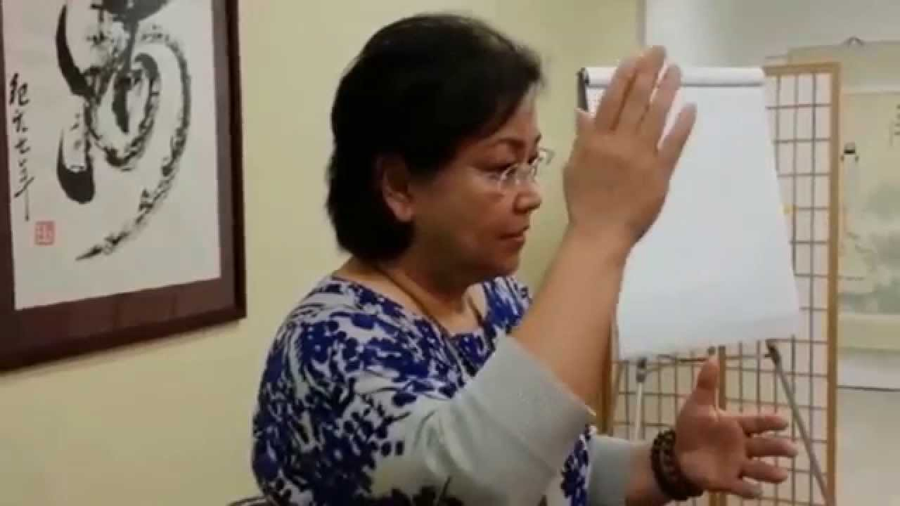 Master-Pam-offers-Healing-Blessing-for-Chronic-Back-Pain-in-Hawaii