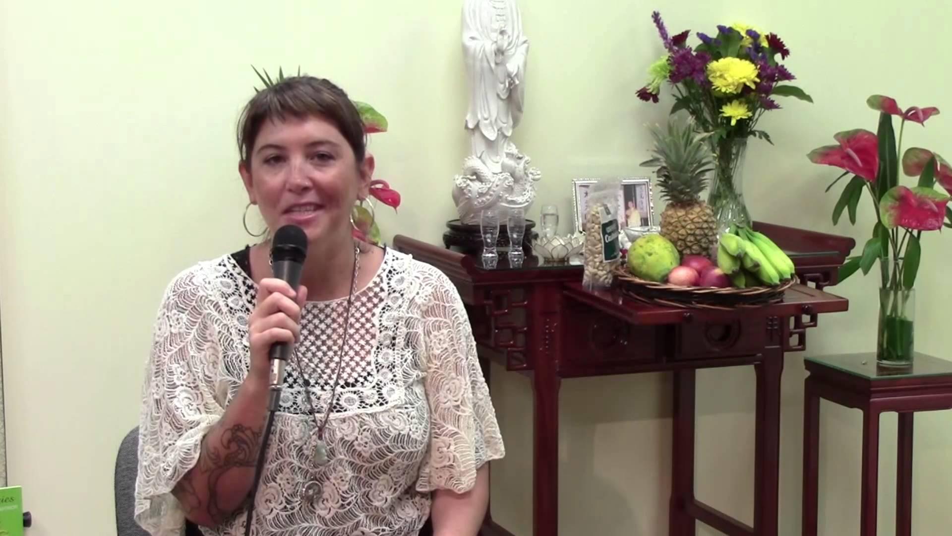 Student-shows-gratitude-for-Master-Ximenas-Soul-Healing-Business-wisdom